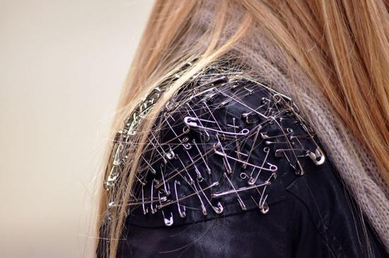 Safety pin jacket diy