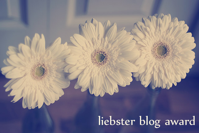 liebster blog award white Gerbers
