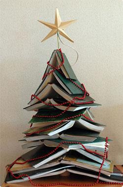 Christmas DIY: Book Christmas Tree