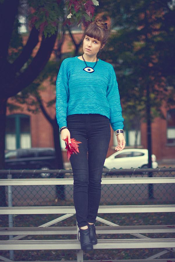 My Fall Wardrobe Essentials: Vintage Sweaters (Part 1/3)