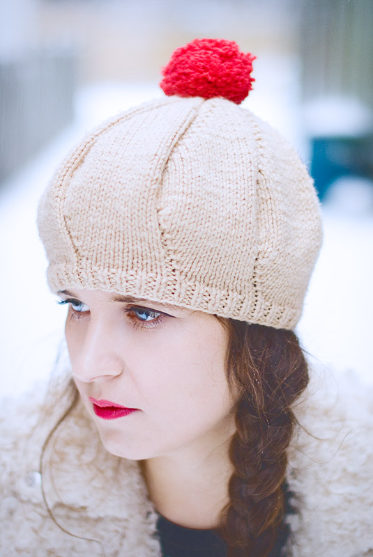 diy-fashion-Green-red-Replaceable-Pom-Pom-Beret-pompom-after-red-Jan-04-2015-01